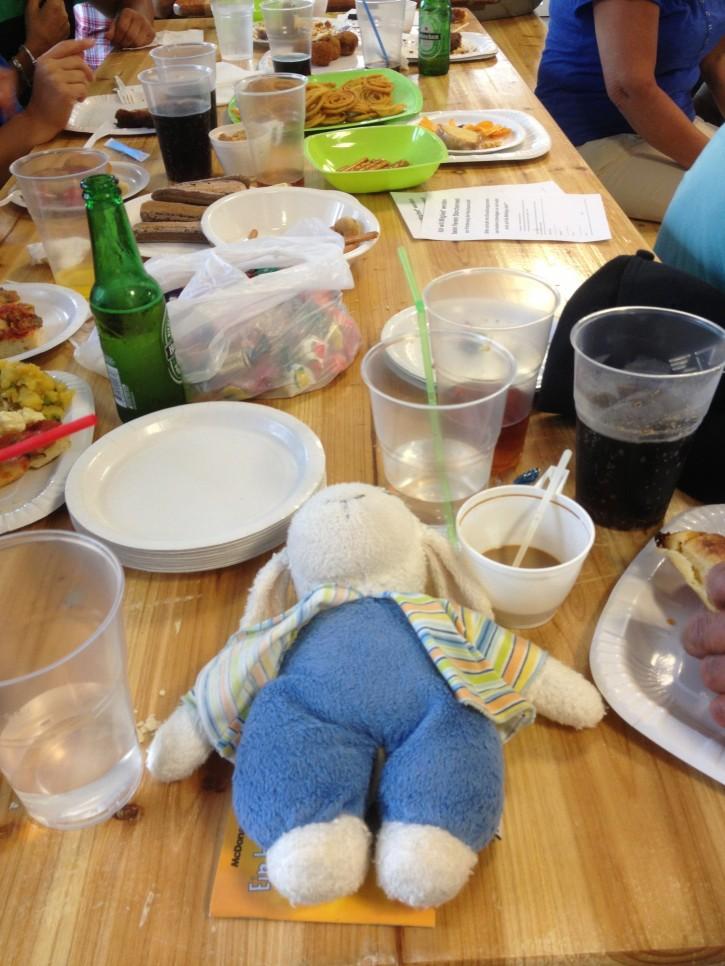 Am Storchenfest Essen aus aller Welt - alles aufgegessen